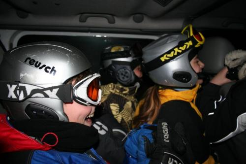 Ekipa u kombiju
